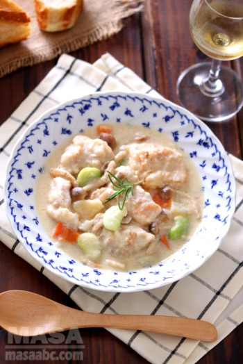 Japanized western food chicken recipe kyoto style miso creamed creamed chicken stew is usually categorized as western foodwith cream base soup stewing lots of vegetables and meat one time i was preparing this dish forumfinder Choice Image
